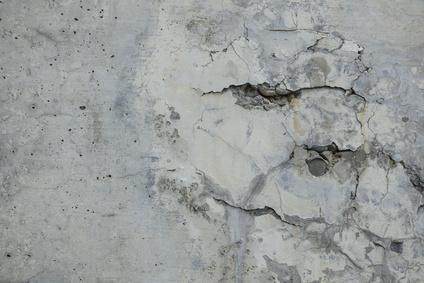 欠陥住宅、壁のひび割れ