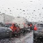 雨天時の交通事故に気を付けよう